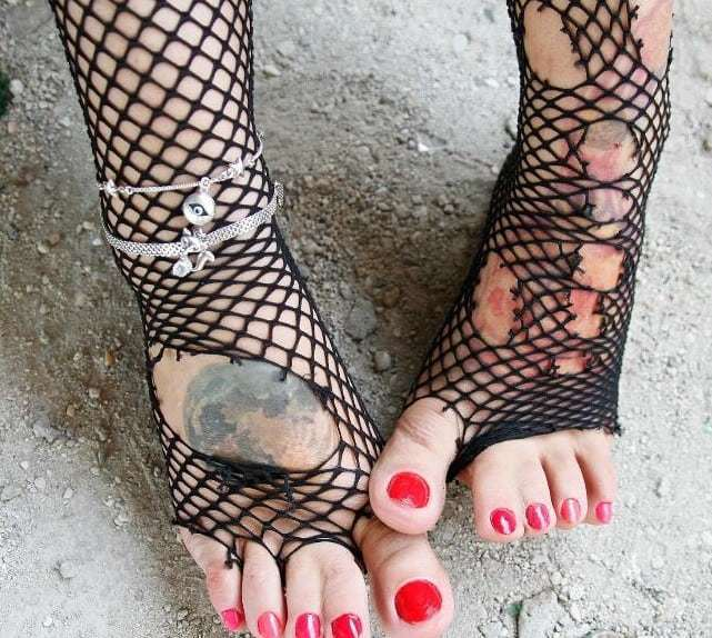 Under Her Foot  Foot Worship Story  Live Bdsm Cams -1609
