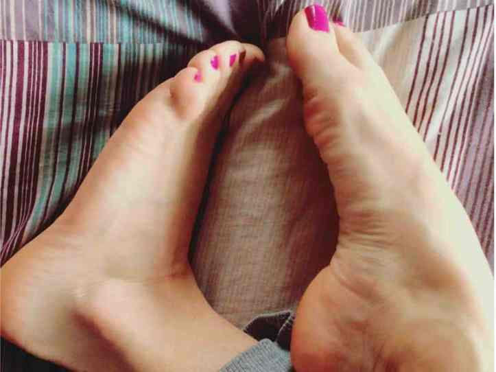 sexy feet live, sexy foot chats