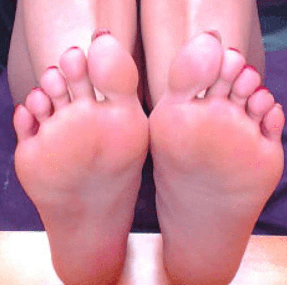 sexy girls feet, foot fetish pictures