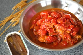 tomato anchovy