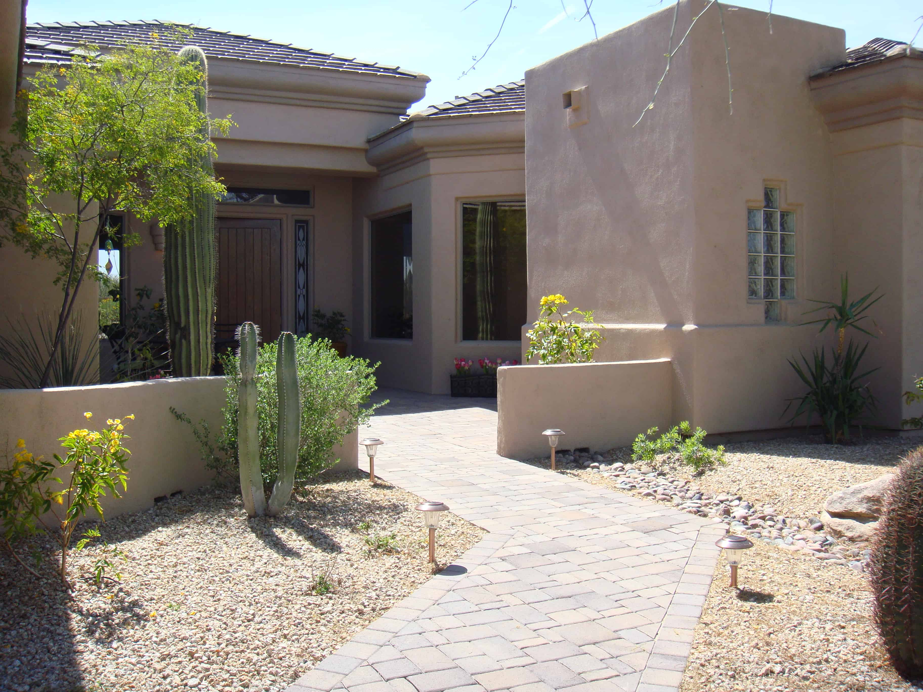 Look up homeowner associations in Arizona by address.