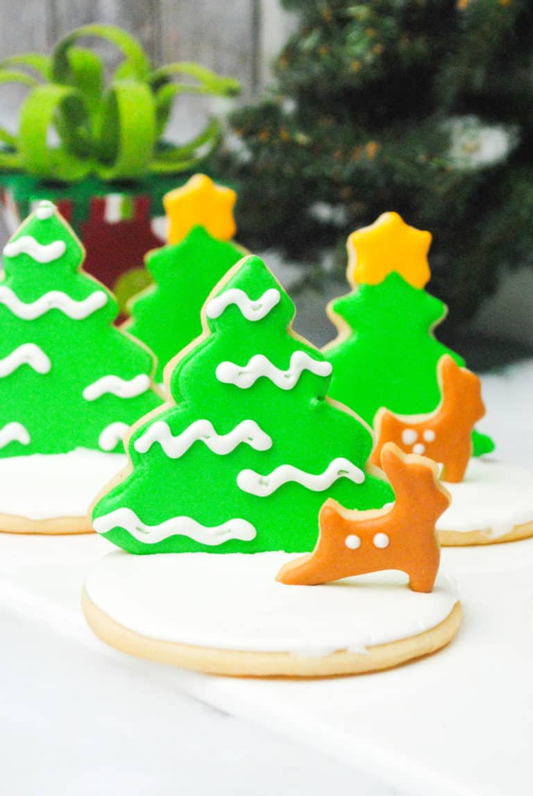 christmas-themed cookies