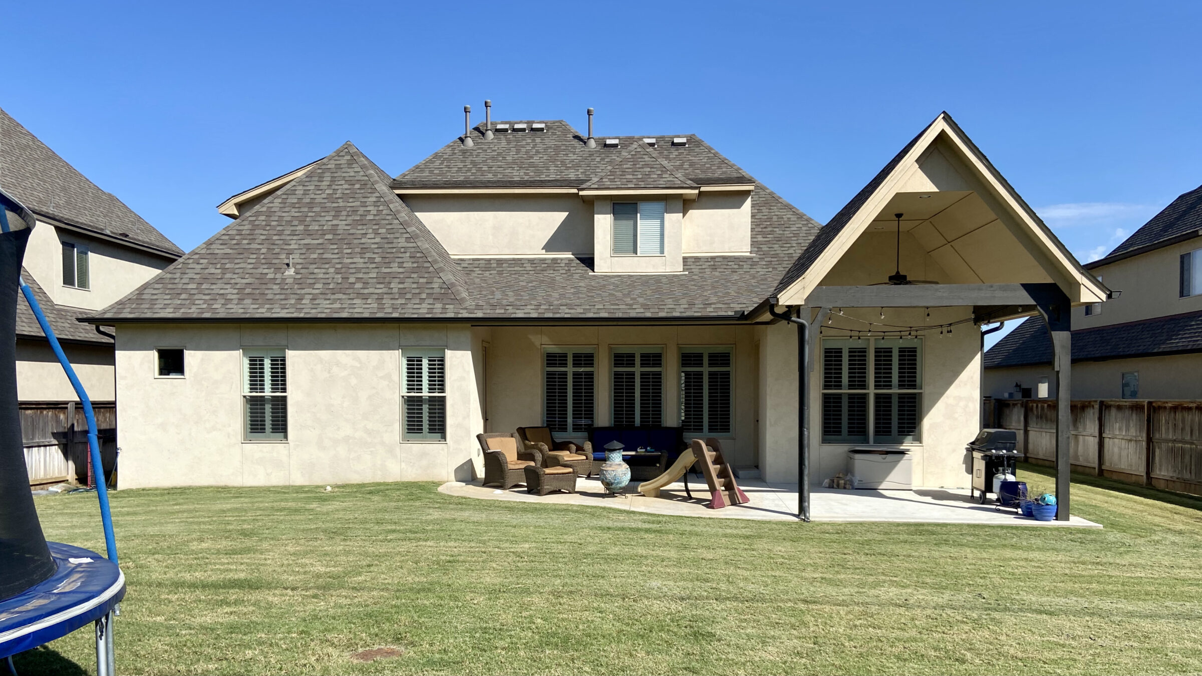 2021 04 South Tulsa Custom Gunite Pool Deck Outdoor Kitchen 31B7F90AD495