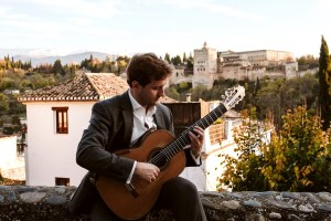 Book A Solo Classical Guitarist in London - Live Classical Musicians