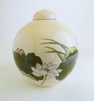 ceramic lotus urn