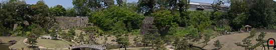 玉泉院丸庭園の写真