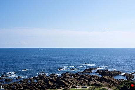 野崎灯台からの海の眺めの写真