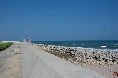 浜と反対側の写真