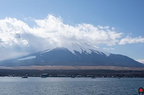 山中湖から富士山の写真