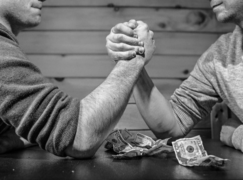 Corretoras vs bancos