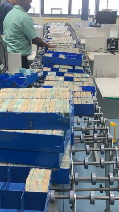 Millions of Gas Consultoria being counted in a stock company