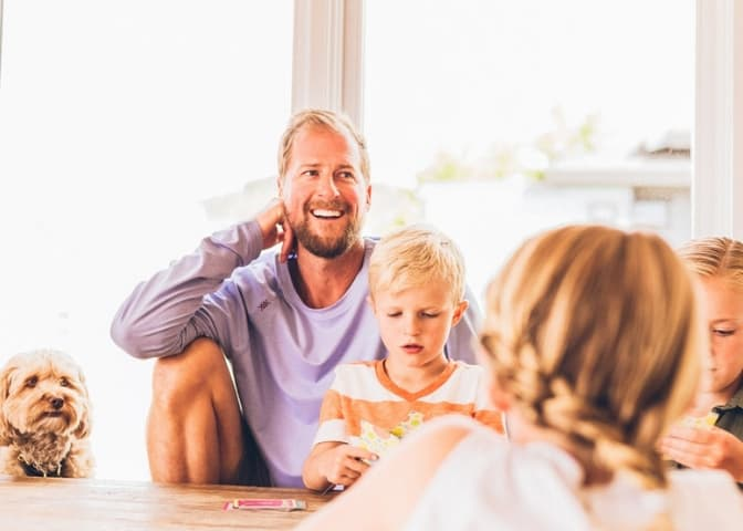 7 Tips To Find Balance Between Your Work And Family
