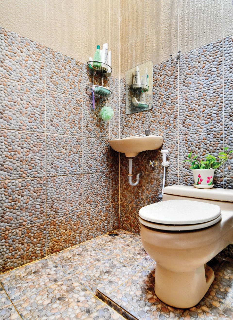 Model Keramik Kamar Mandi Batu Alam 1  Desain Rumah Minimalis