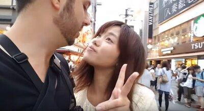 日本人女性を白人がナンパ
