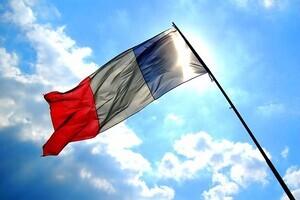 フランス人のホモに暴力