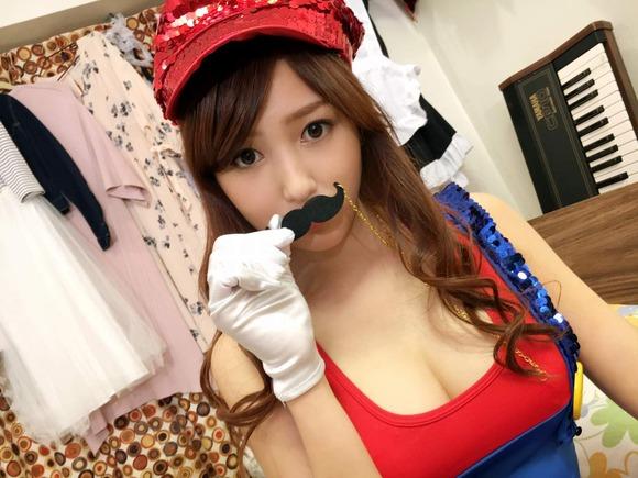 161111ニコ生のコスプレ美女006