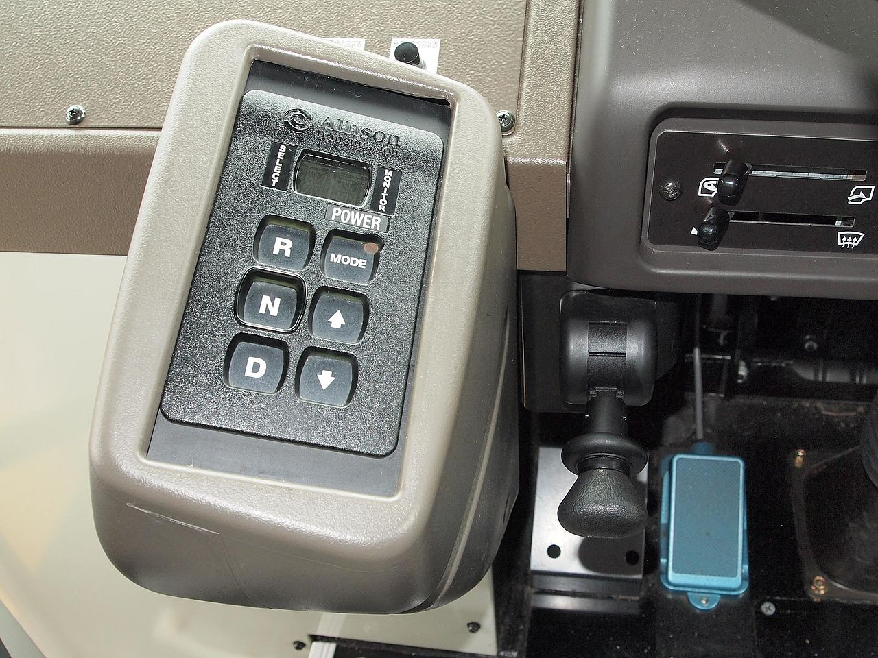 オートマチック車の「ボタン式シフト」について… : 気まぐれライフ