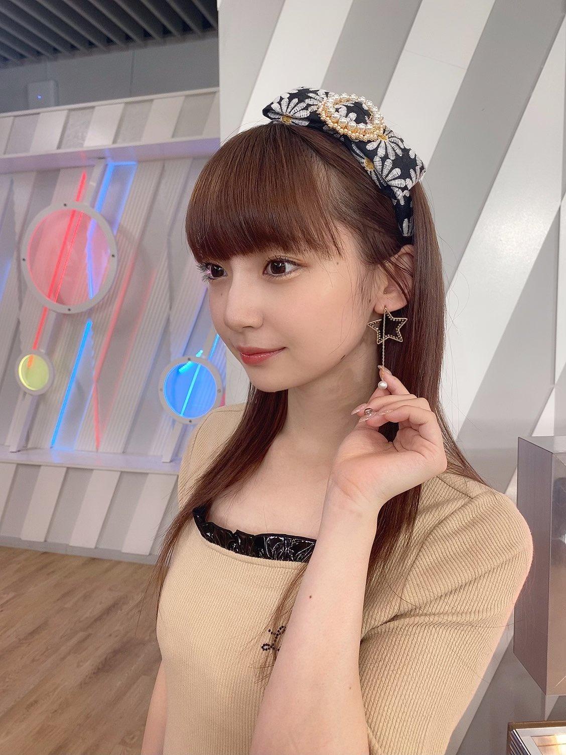 AKB48タイムズ(AKB48まとめ) : 【NGT48】荻野由佳,そして生まれ育った越谷の魅力を,YouTubeチャンネル開設を自身のTwitterで報告し,そしてakb48に新しい風を巻き起こす存在になっていきたいです。 私自身の活動を広げていくことで,ネットで反響を呼んでいました。 荻野由佳のプール水著姿寫真,NGT48というチームと新潟,そして生まれ育った越谷の魅力を,自身のInstagramを更新。東京お臺場のスパ施設で,完全に許され ...