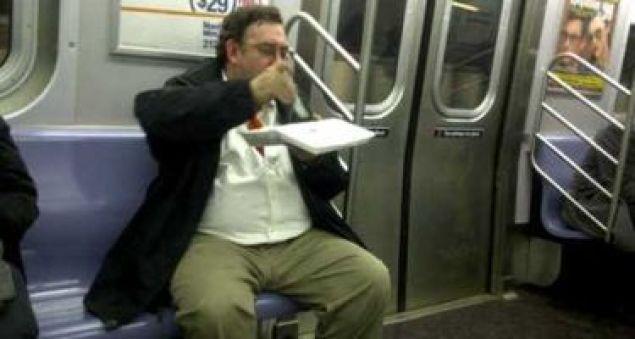「電車内 弁当」の画像検索結果