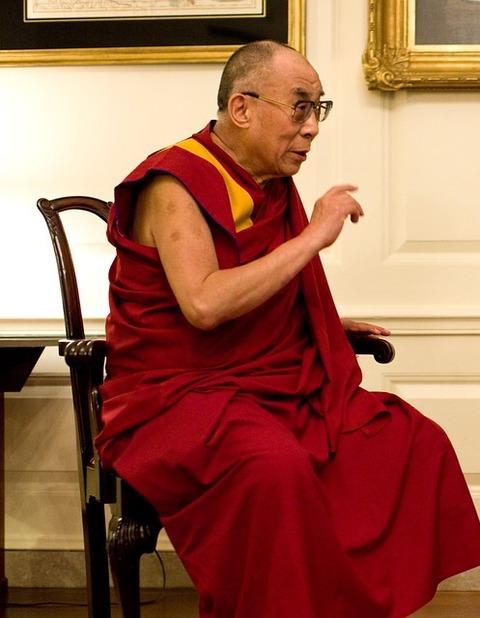 dalai-lama-1166021_640
