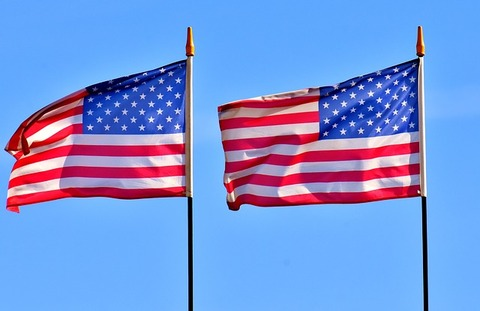 flag-3354777_640