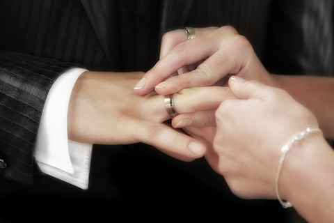 wedding-540905_640