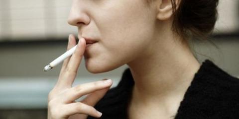 women-tobacco