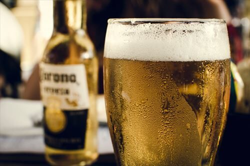 alcohol_alcoholic_bottle_chilled_close_up-1535787_R