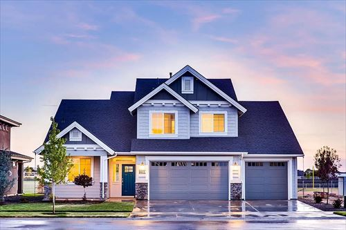 me-house-lights-real-estate-windows_R