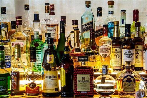 liquor-2687103_640_R