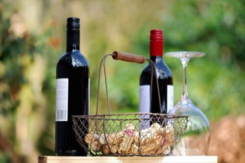 uid_wine_glass-1029604_R