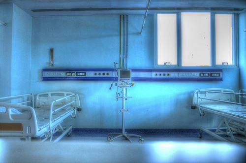 hospital-555087_1280_R