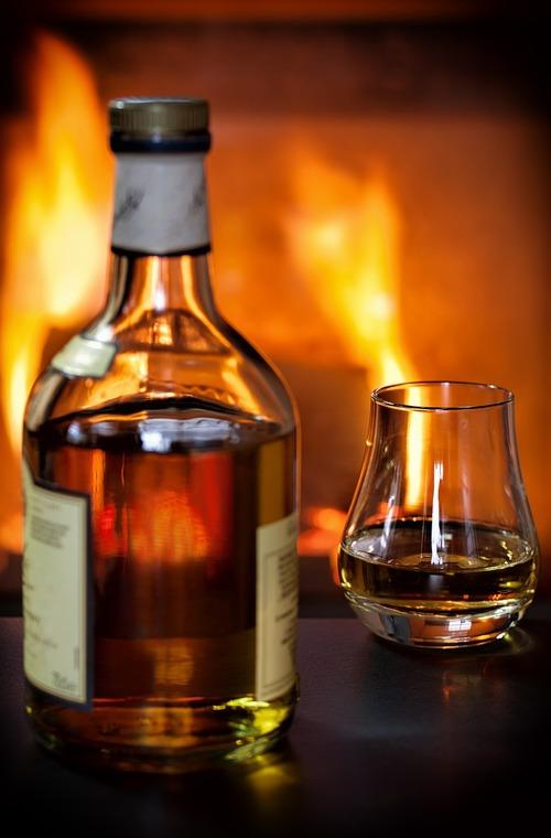 whisky-1872379_1280