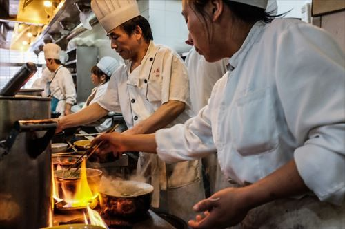 life_china_hot_colour_fire_restaurant_essen_asia-522113_R