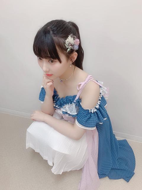 【悲報】矢作萌夏「一緒にバカどんちゃん騒ぎするのはHKT48の田中美久ちゃん。最近、先輩では岡田奈々さんと一緒にいる時間が多いです」