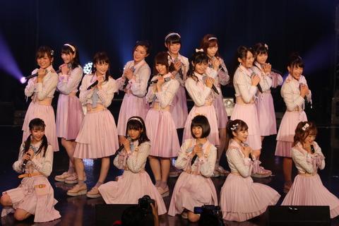 【悲報】NGT48握手会、握手券1枚につき216円の発券手数料www