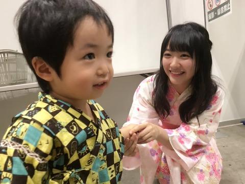【STU48】石田千穂ちゃんと握手して照れてる男ヲタ、晒されるwww