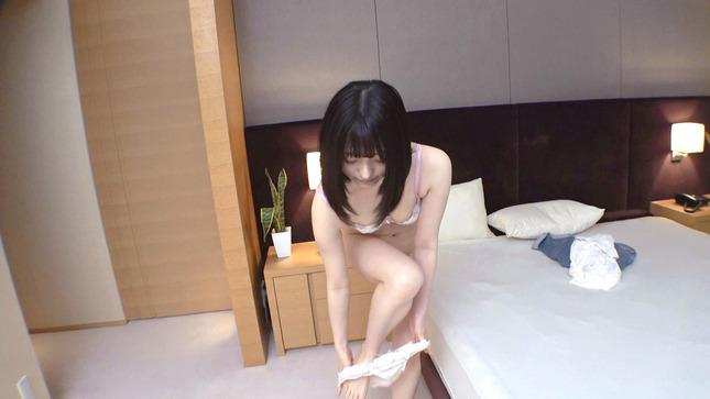 初AV撮影 【赤面絶頂】初エッチを経験したばかりの超うぶっ娘 4