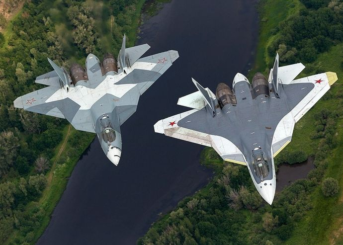 T-50-3_and_T-50-5R_inflight