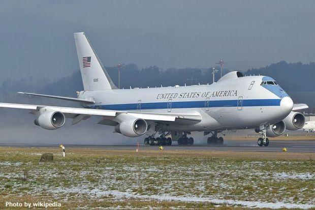 US_Air_Force_Boeing_E-4B_-_75-0125_-_ZRH_(24630990901)