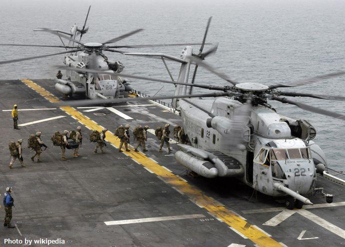 Sikorsky_CH-53E_(USMC)_402