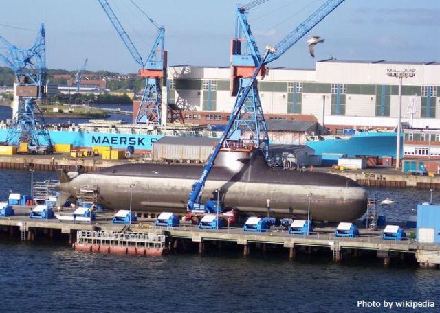 Type_212_Submarine-3