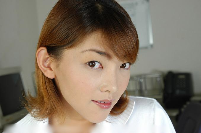 0.55世紀少年 : 淫亂女豹OL (4)/桜田さくらさん