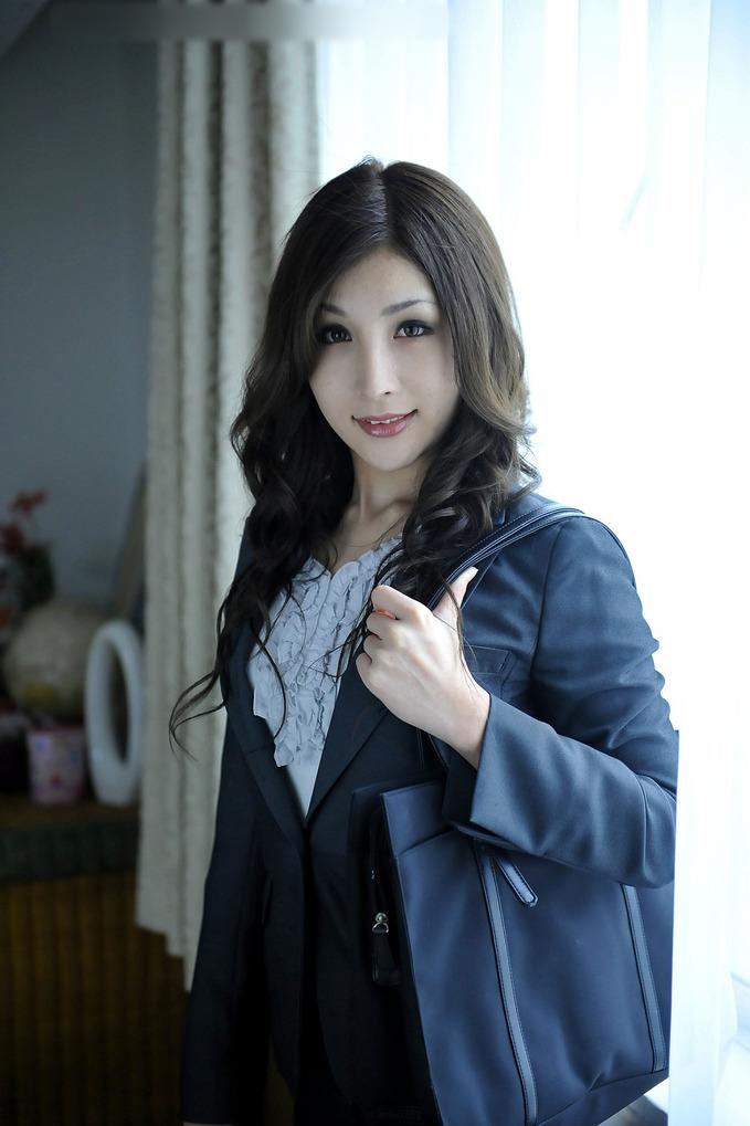 0.55世紀少年 : 美人女醫の密かな楽しみ (2)/飯島奈津美さん