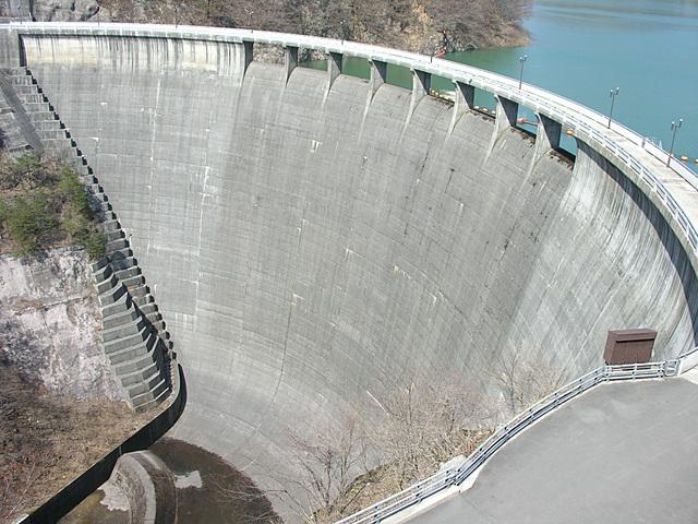 矢木沢ダム