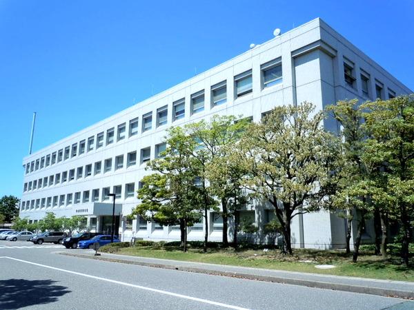 新潟県警察本部