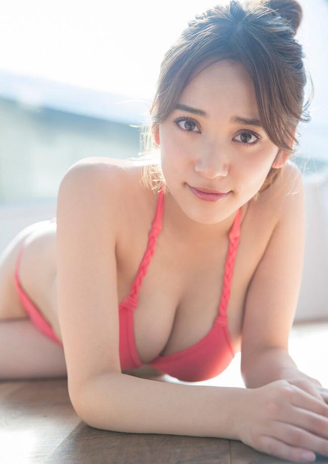 都丸紗也華 グラビア (38)