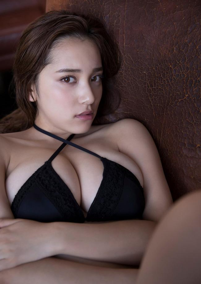 都丸紗也華 グラビア (46)