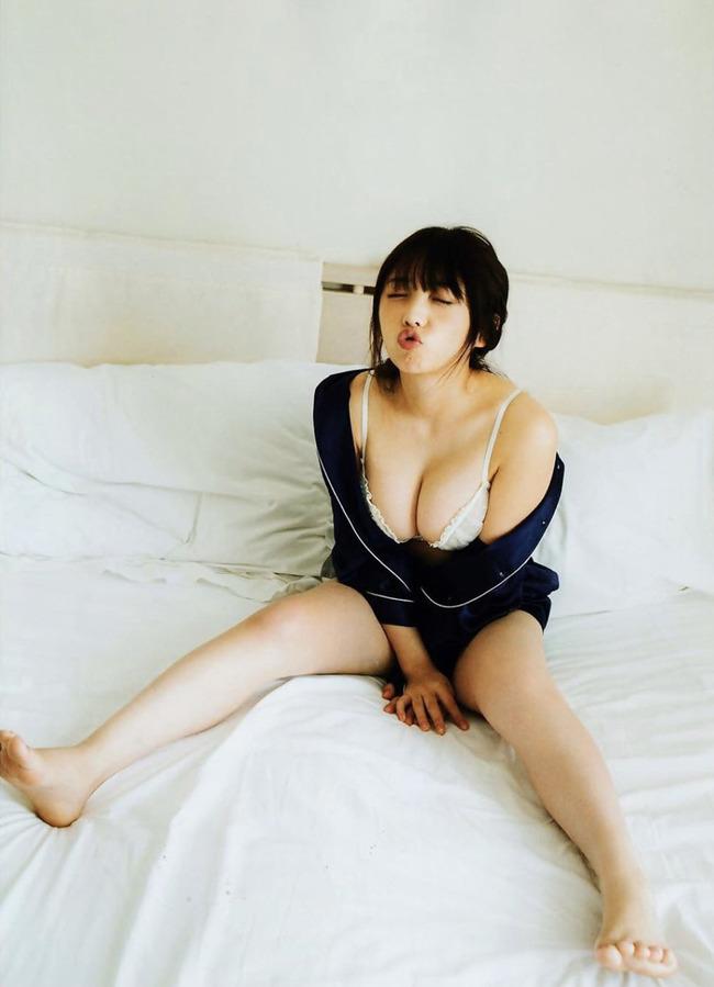 与田祐希 グラビア (22)