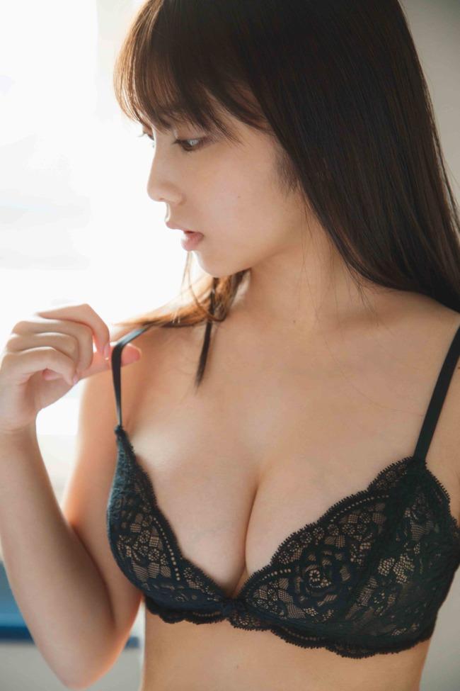 与田祐希 グラビア (23)